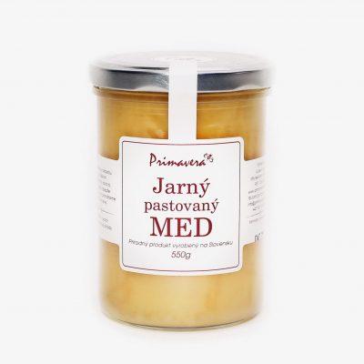 Jarný med pastovaný